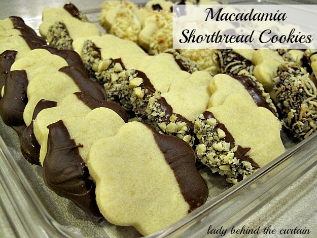 Lady Behind The Curtain - Macadamia Shortbread Cookies