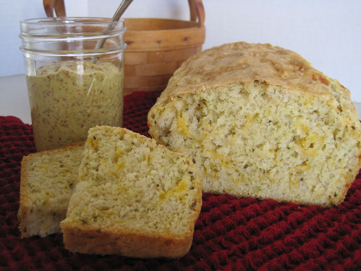 Dill And Cheese Beer Bread - Lady Behind the Curtain