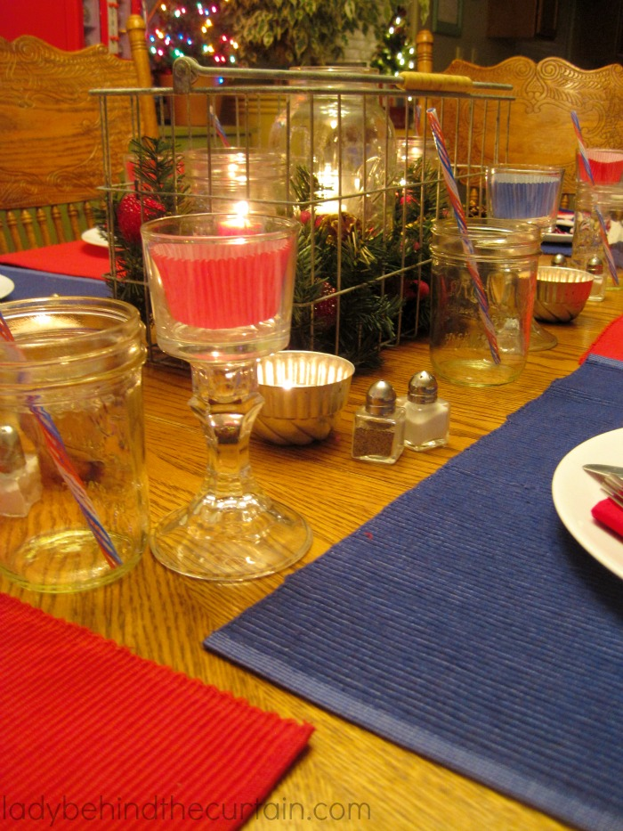 A Simple Christmas Table | I love the simplicity of our Christmas table this year. For the most part I used items I had around the house.