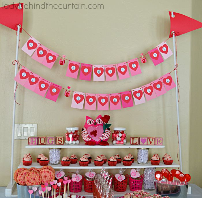 40 DIY Cupcake Stands Fascinating How To Display Cupcakes Without A Stand