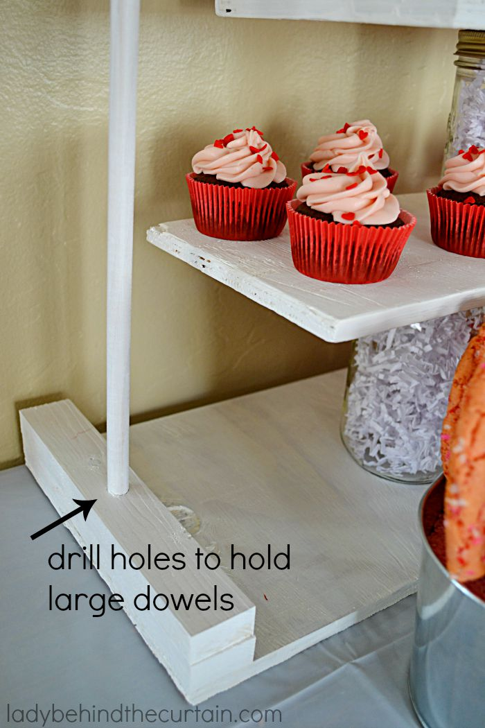 5 DIY Cupcake Stands: Will help make your party shine.
