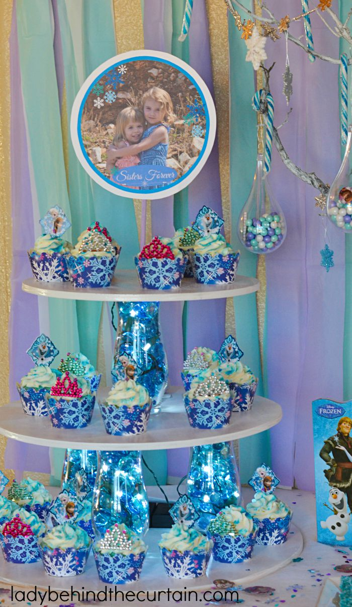 cbsereview.ml Frozen Party Slime Kids love to get a little messy. This wonderful Blue Slime is easy to make and will provide lots of fun at the party by Growing A Jeweled Rose.