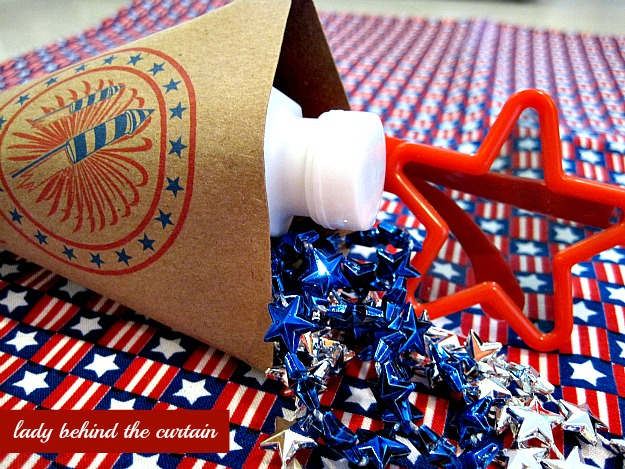 Lady Behind The Curtain - Patriotic Party Favor