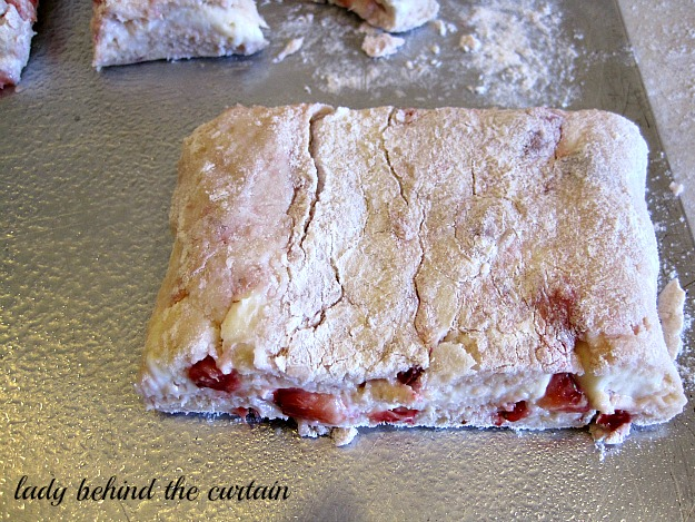 Lady Behind The Curtain - Strawberry Cheesecake Scones
