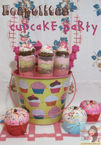 Lady-Behind-The-Curtain-Neapolitan-Cupcake-Party
