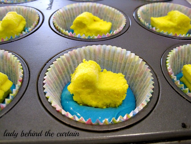 Lady Behind The Curtain   Rubber Duckie Baby Shower Cupcakes