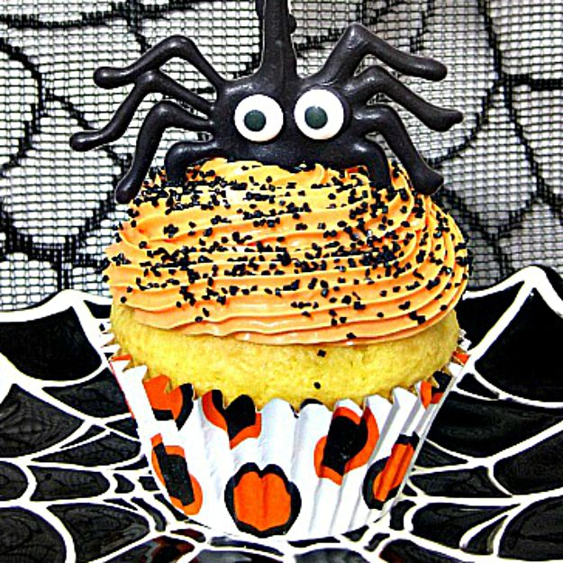 The-Itsy-Bitsy-Spider-Cupcakes