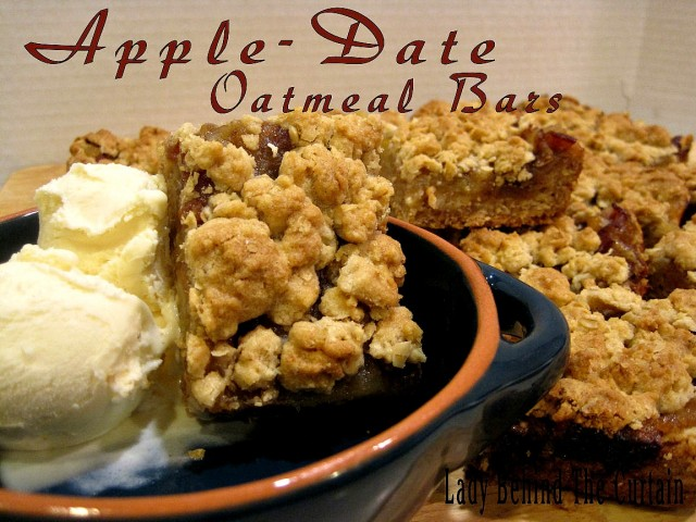 Lady-Behind-The-Curtain-Apple-Date-Oatmeal-Bars