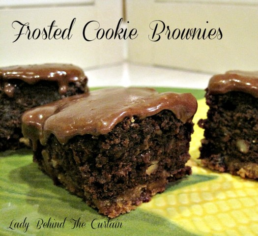 Lady-Behind-The-Curtain-Frosted-Cookie-Brownies