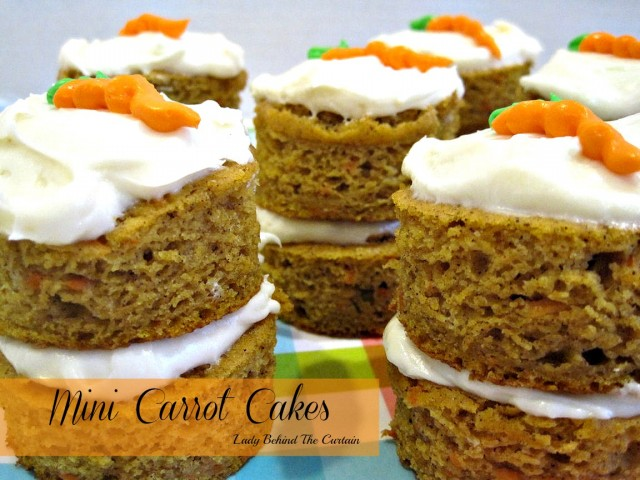 Lady-Behind-The-Curtain-Mini-Carrot-Cakes