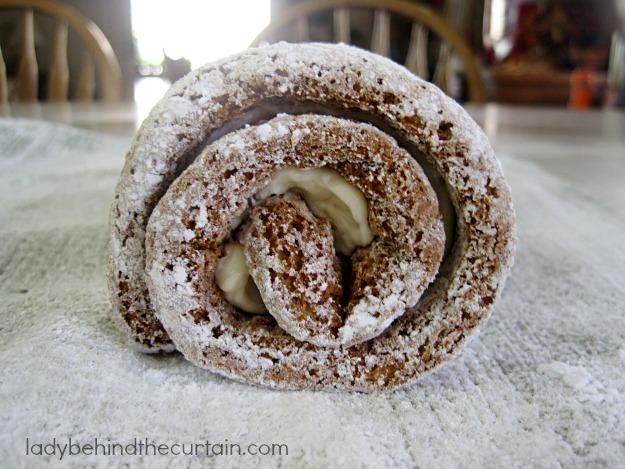Pumpkin Cake Roll - Lady Behind The Curtain