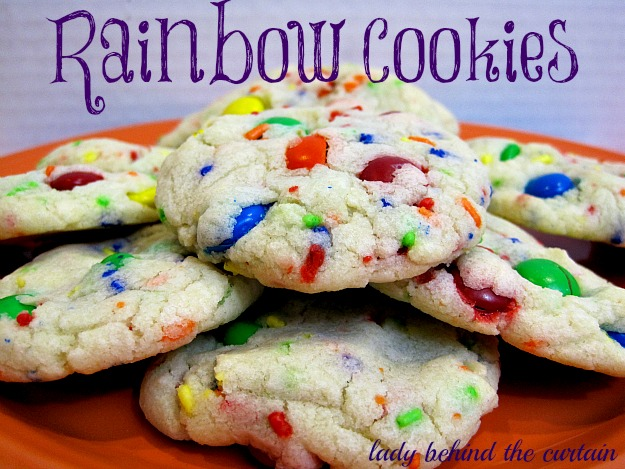 Lady-Behind-The-Curtain-Rainbow-Cookies