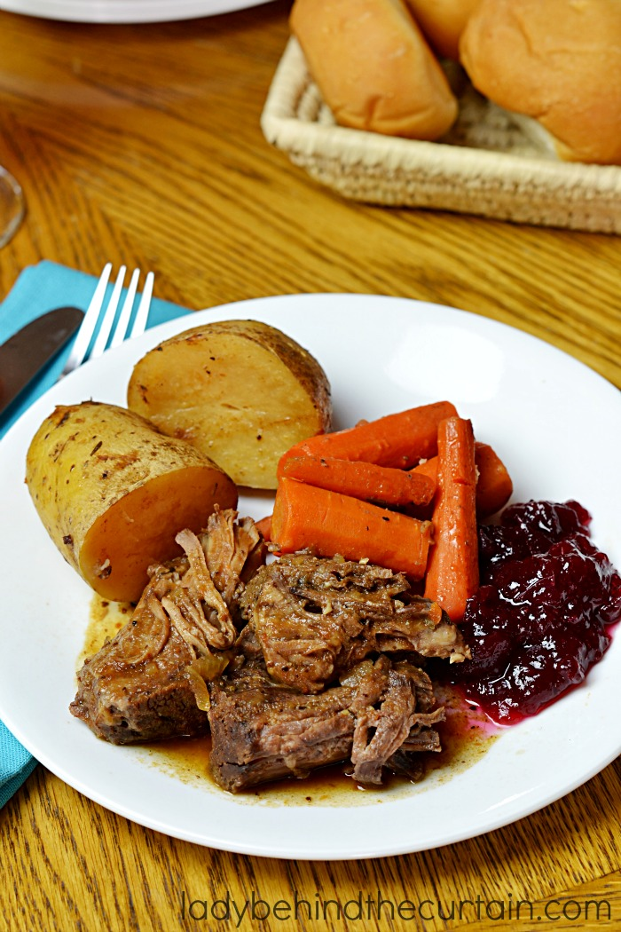 Slow Cooker Cranberry Roast | This roast has tons of vegetables and is ...