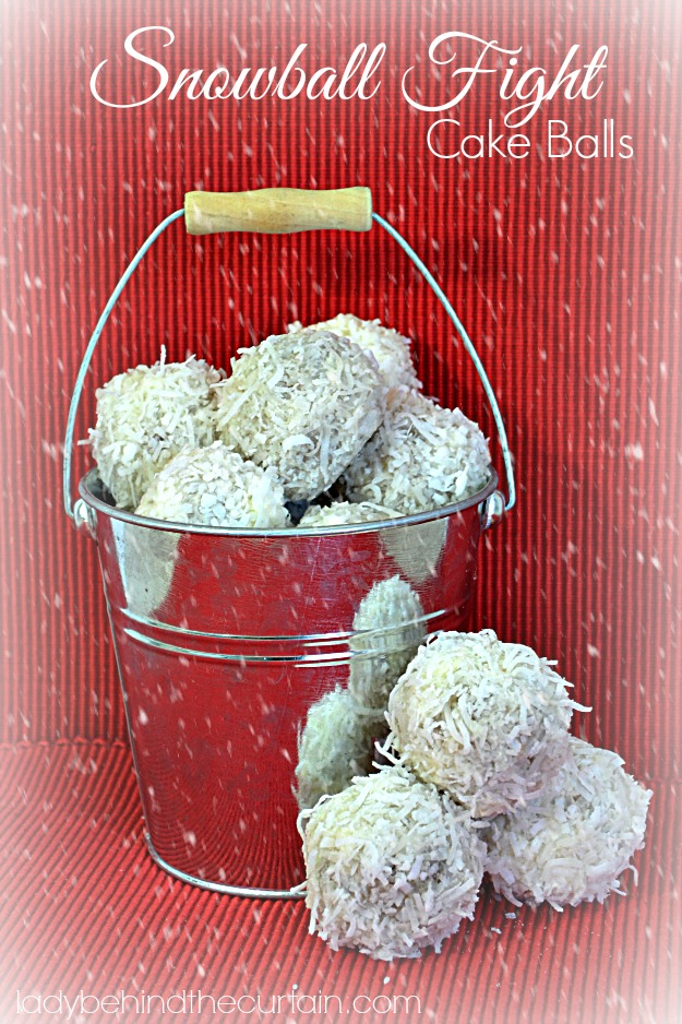 Snowball Fight Cake Balls - Lady Behind The Curtain