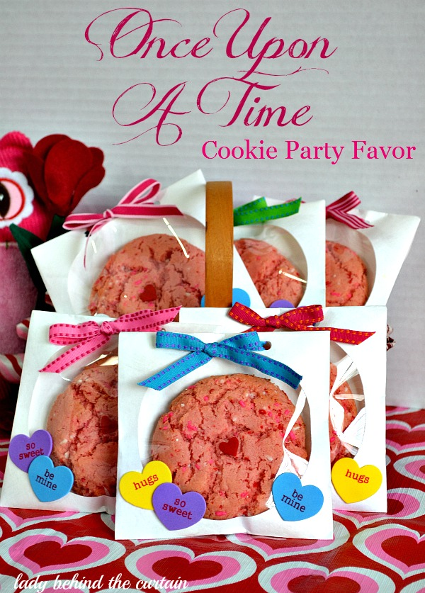 Lady Behind The Curtain - Once Upon A Time Cookie Party Favor