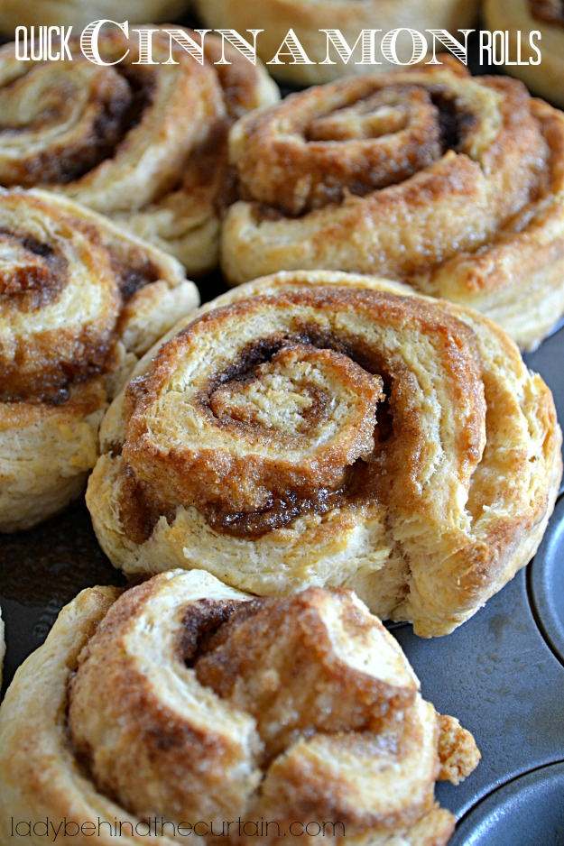 Quick Cinnamon Rolls - These GIANT Quick Cinnamon Rolls are easy to ...