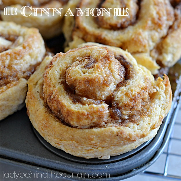 Quick Cinnamon Rolls - These GIANT Quick Cinnamon Rolls are easy to make with NO YEAST!  You and your family can be enjoying these gooey cinnamon rolls in 35 minutes from start to finish