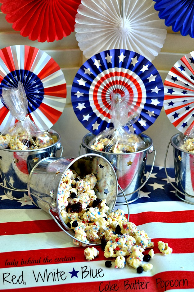 Lady-Behind-The-Curtain-Red-White-and-Blue-Cake-Batter-Popcorn