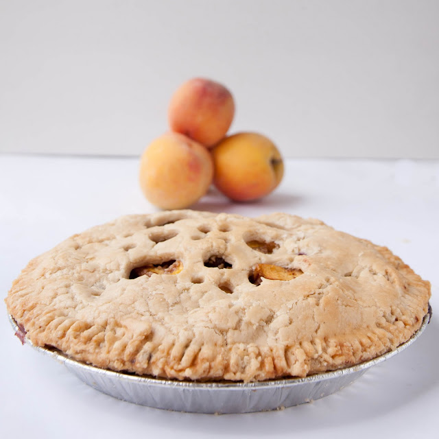 Peach Blueberry Crumble Inside Pie