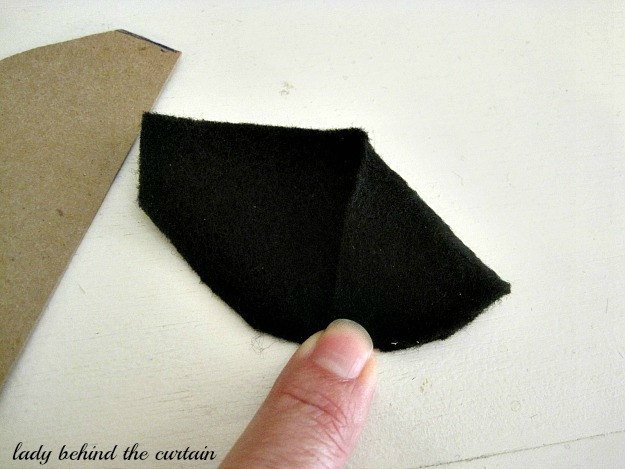 DIY Felt Witch Hat - Lady Behind The Curtain