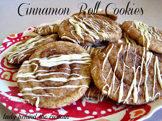 Lady-Behind-The-Curtain-Cinnamon-Roll-Cookies-3