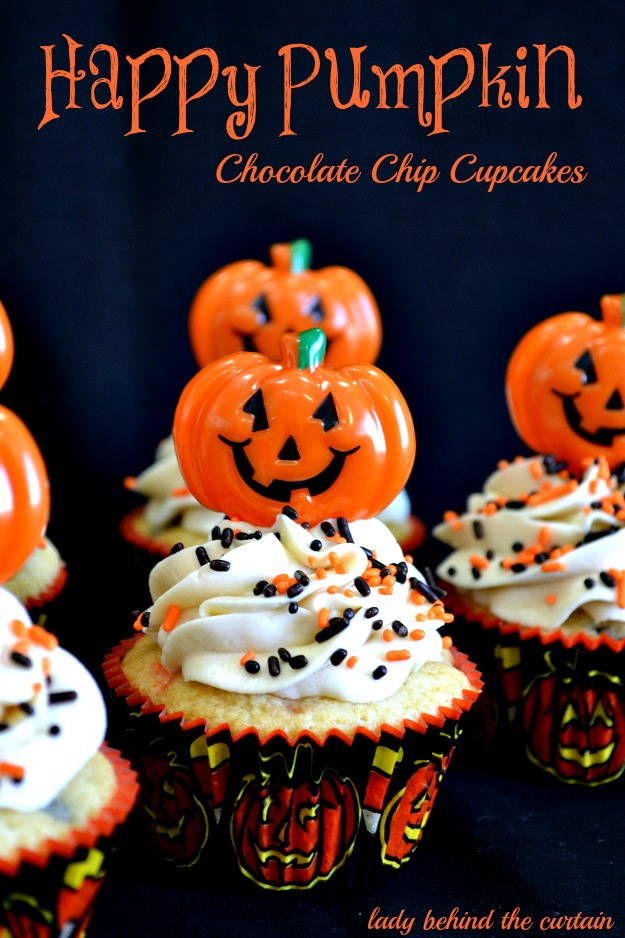 Happy-Pumpkin-Chocolate-Chip-Cupcakes-Lady-Behind-The-Curtain-3