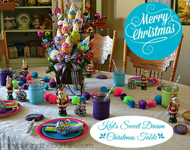 Kid's Sweet Dream Christmas Table - Lady Behind The Curtain