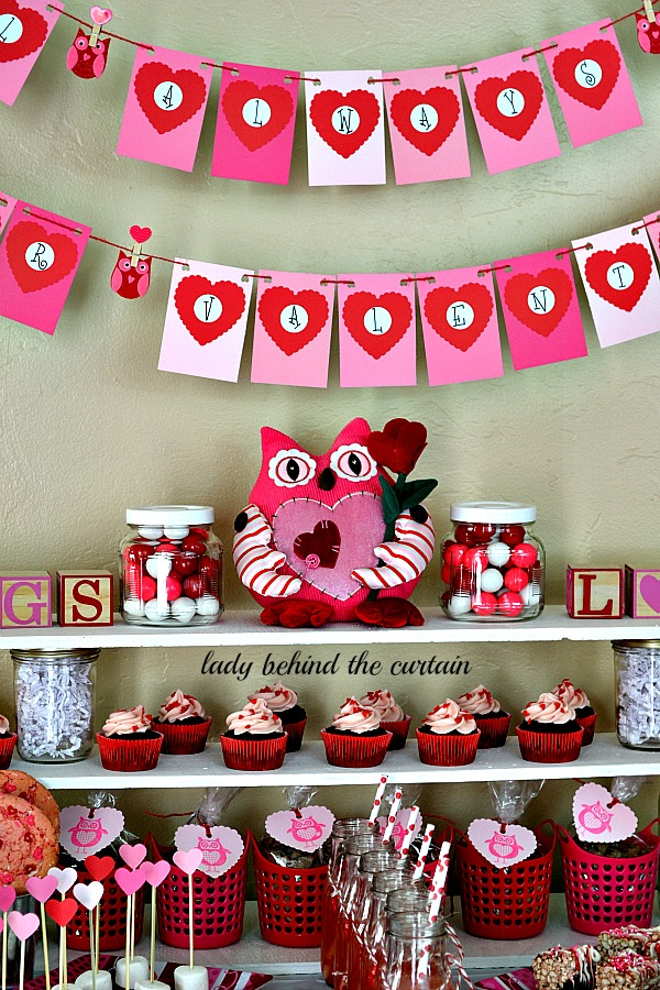 Lady-Behind-The-Curtain-Owl-Always-Be-Your-Valentine-Kids-Valentines-Day-Dessert-Table-7