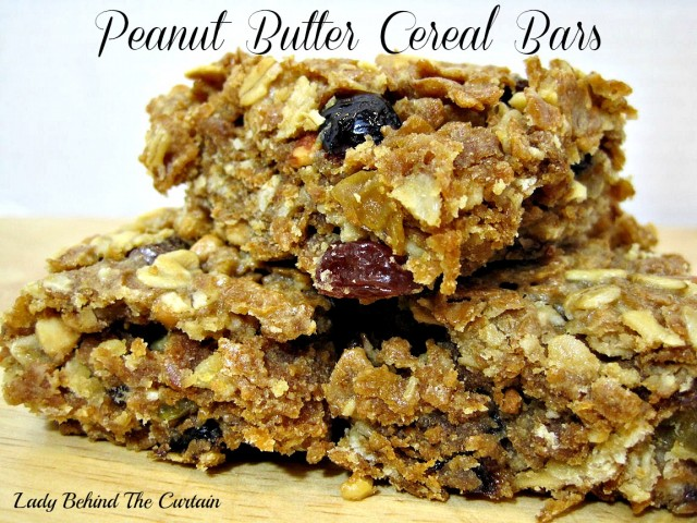 Lady-Behind-The-Curtain-Peanut-Butter-Cereal-Bars-3-640x480