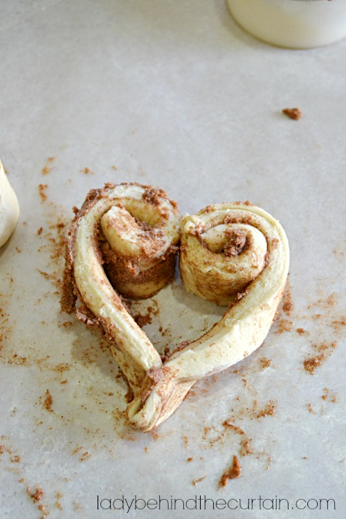 Sweetheart Cinnamon Rolls