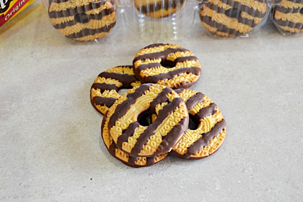 Semi Homemade Samoas Cookies - Lady Behind The Curtain