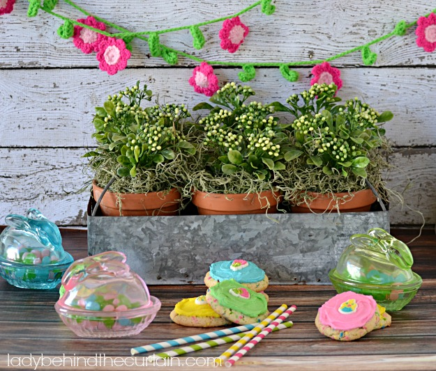 Bakery Spring Cookies - Lady Behind The Curtain