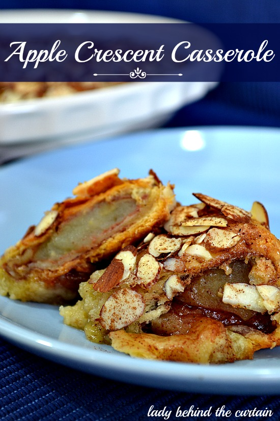 Lady-Behind-The-Curtain-Apple-Crescent-Casserole-8