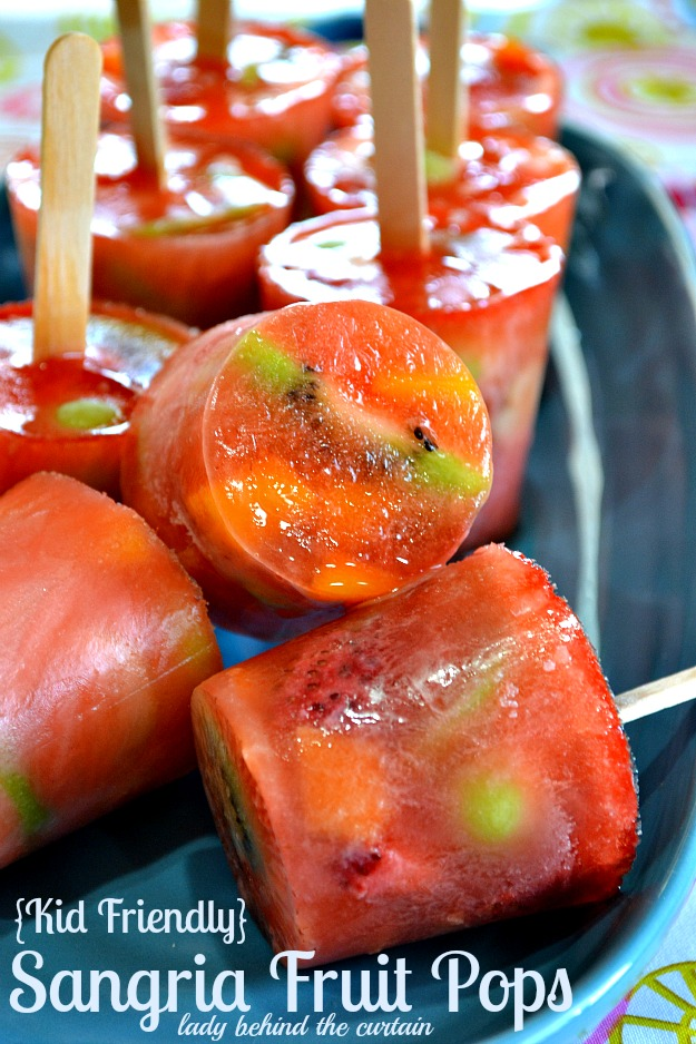 Lady-Behind-The-Curtain-Kid-Friendly-Sangria-Fruit-Pops-3