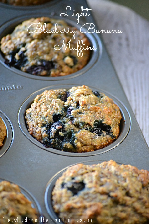 Light-Blueberry-Banana-Muffins-Lady-Behind-The-Curtain-2