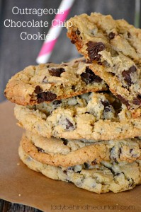 Outrageous Chocolate Chip Cookies - Lady Behind The Curtain