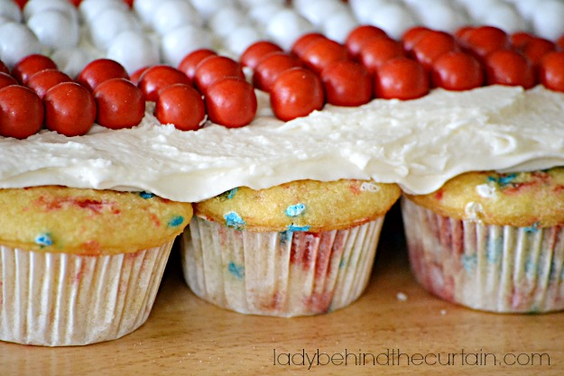Cherry-Almond-Cupcake-Pull-Apart-Lady-Behind-The-Curtain