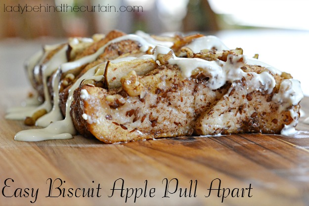Easy Biscuit Apple Pull Apart - Lady Behind The Curtain