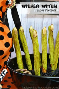 These Wicked Witch Finger Pretzels are a Halloween favorite.