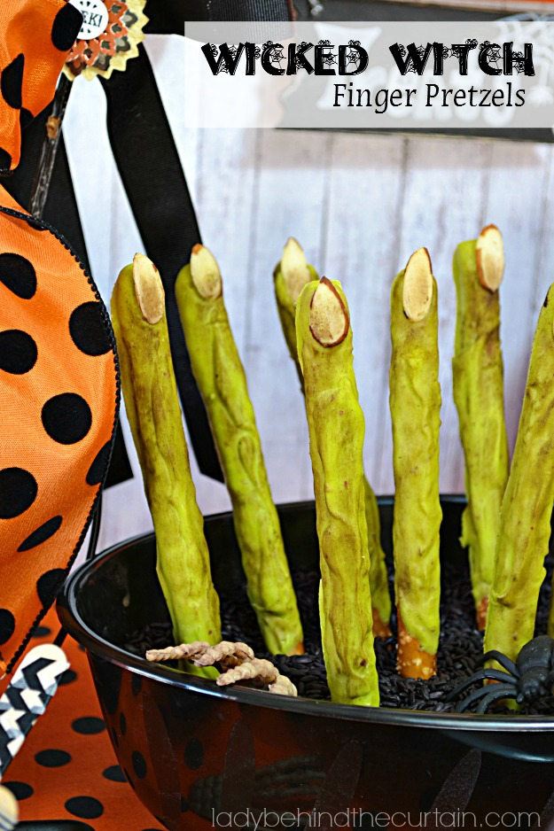 Wicked Witch Finger Pretzels - Lady Behind The Curtain