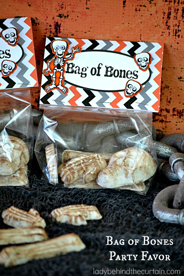 Bag of bones halloween party favor for Bag of bones halloween decoration