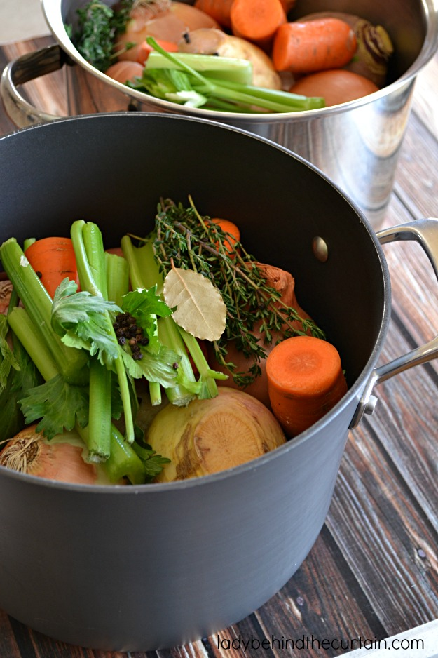 The Best Chicken Stock - Lady Behind The Curtain