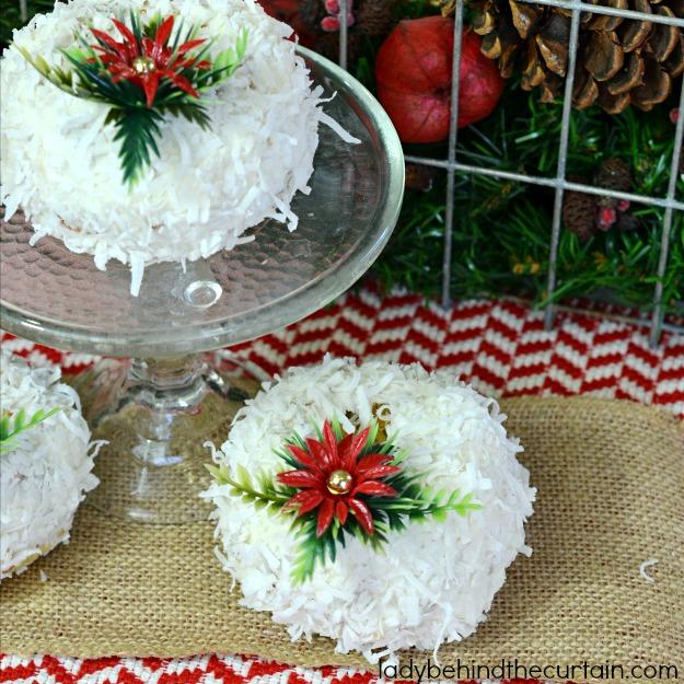 Mini Coconut Pecan Bundt Cakes