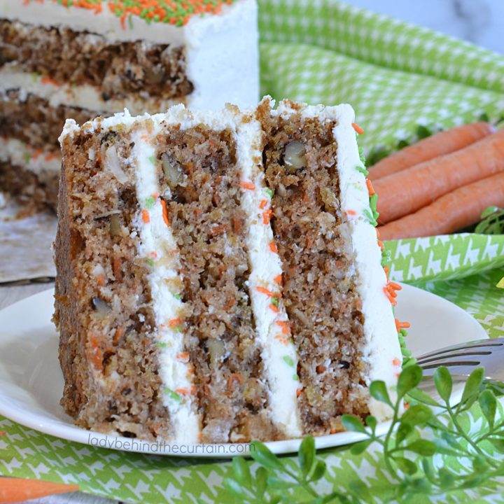 Super Moist Carrot Cake Recipe
