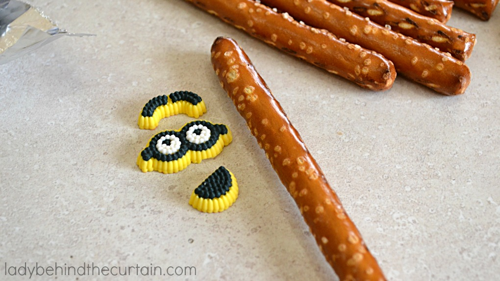 Easy Minion Pretzels from the hit summer blockbuster Minions!