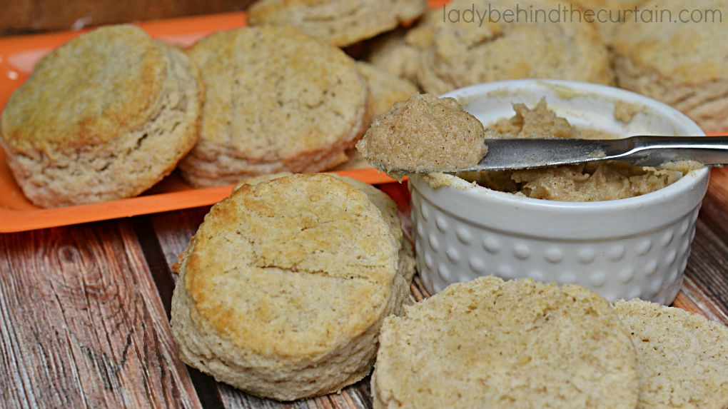 Pumpkin Spice Biscuits