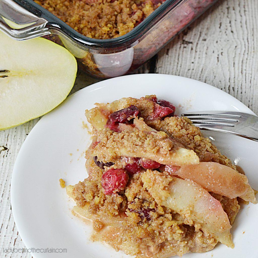 Cinnamon Cranberry Pear Crisp