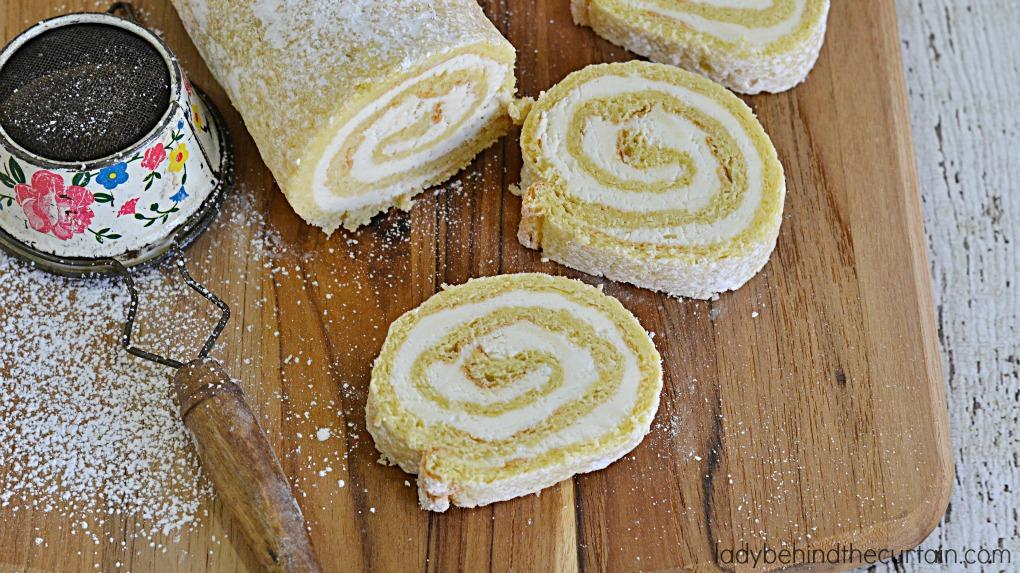 Lemon Créme Cake Roll