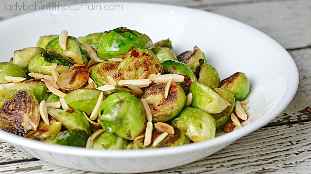 Brown Butter Brussels Sprouts| The perfect side dish for your Thanksgiving or Christmas dinner table.