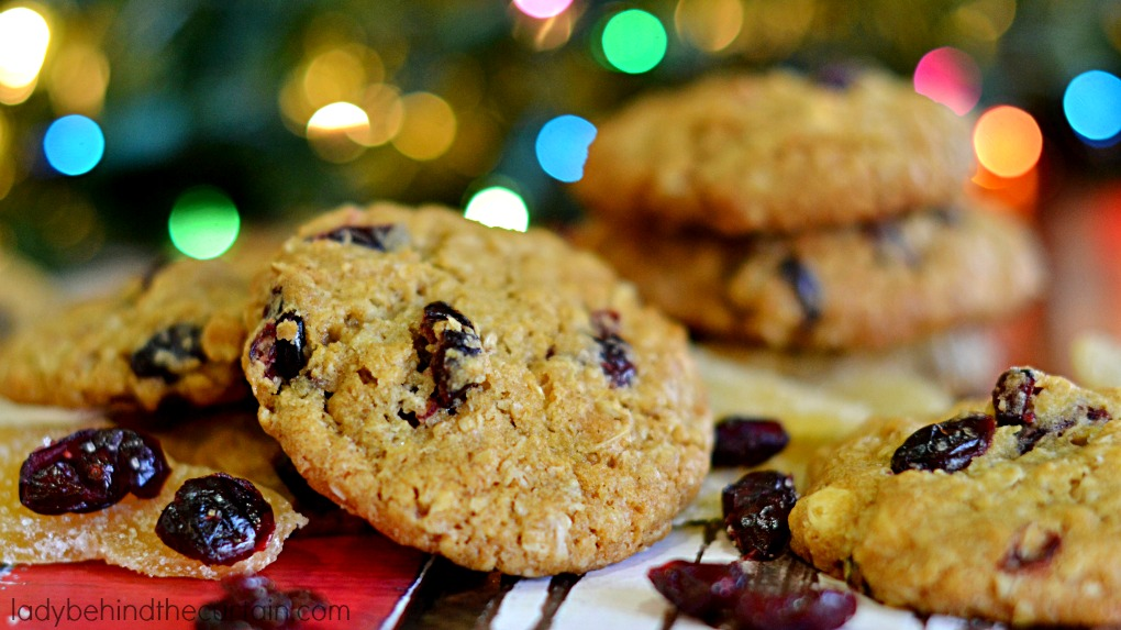 Cranberry Bliss Oatmeal Cookies